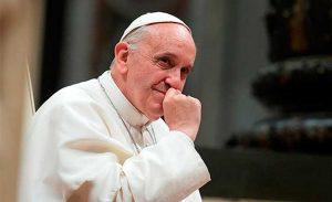 Francisco: los divorciados vueltos a casar no están excomulgados y son parte de la Iglesia