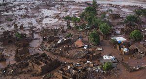 Mineras BHP Billiton Brasil Ltda. y Vale S.A mataron el Río Doce en Mariana
