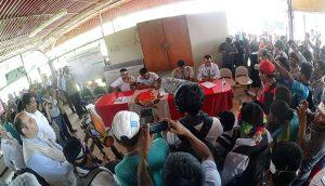 Comunidades del Lote 192 firman acuerdos con el gobierno