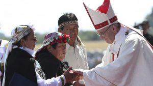 """El Papa Francisco pide """"dar una mano"""" a los migrantes y denuncia """"nuevas formas de explotación"""" contra los pobres"""