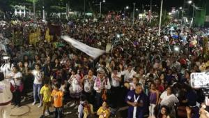 Vigilia festiva en Puerto Maldonado por la llegada del Papa Francisco