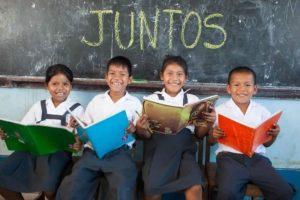 MINEDU: Colectivo exige que se establezca Dirección General de Educación Comunitaria