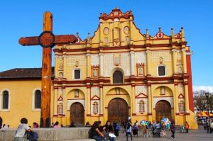 Comunidades eclesiales de San Cristóbal (México) muestran su apoyo a Francisco ante ataques