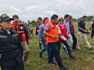 Ministra de Salud visitó Lagunas, epicentro del terremoto que sacudió el país