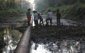 Nuevo derrame de petróleo se registra en el km. 95 del Oleoducto