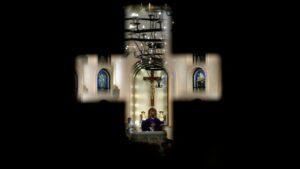 Fiscalía General de España propone crear comisión independiente para abordar abusos en la Iglesia