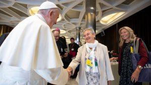 La primera mujer consultora del Sínodo denuncia que religiosas sufren abusos