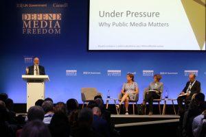 Organizaciones exigen a los gobiernos que protejan a los comunicadores
