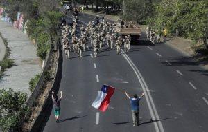 """Obispos del Perú expresan solidaridad con Chile y piden que """"pronto se vuelva a la paz social"""""""