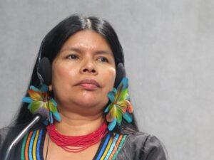 """Patricia Gualinga, líder indígena de Ecuador: """"Amazonizar es reaprender mientras el olvidado le enseña"""""""