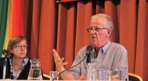 """P. Peter Hughes: """"Caminamos hacia una nueva Iglesia con capacidad de escuchar"""""""