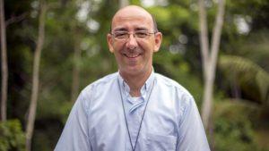 """Monseñor David Martínez, obispo de Puerto Maldonado: """"El reto de la Iglesia es encarnarse en la Amazonía"""""""