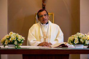 """Monseñor Ricardo Rodríguez, obispo auxiliar de Lima: """"El maestro enseña con su vida"""""""
