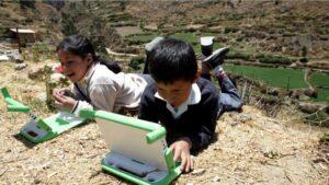 Ecuador propone un fondo latinoamericano para llevar internet a zonas rurales de América Latina