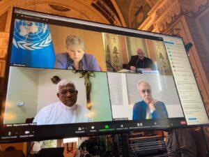 Monseñor Cabrejos, presidente del CELAM, pide que vacunas se distribuyan a todos