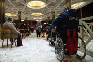 25 personas sin hogar se vacunan contra la covid-19 en el Vaticano