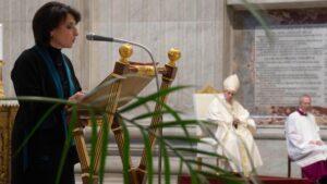 Reforma en la Iglesia católica: oficialmente las mujeres ya pueden ser acólitas y lectoras