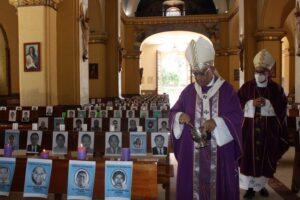 Cuaresma inicia con misa en homenaje al personal médico fallecido en la pandemia