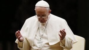 """Francisco pide """"paz, diálogo y solidaridad"""" para afrontar situación que vive Cuba"""