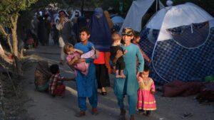 """El Papa reza por Afganistán: """"Que cese el ruido de las armas y se encuentren soluciones"""""""