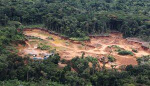 Loreto: Pobladores que se oponen a minería ilegal denuncian amenazas de muerte